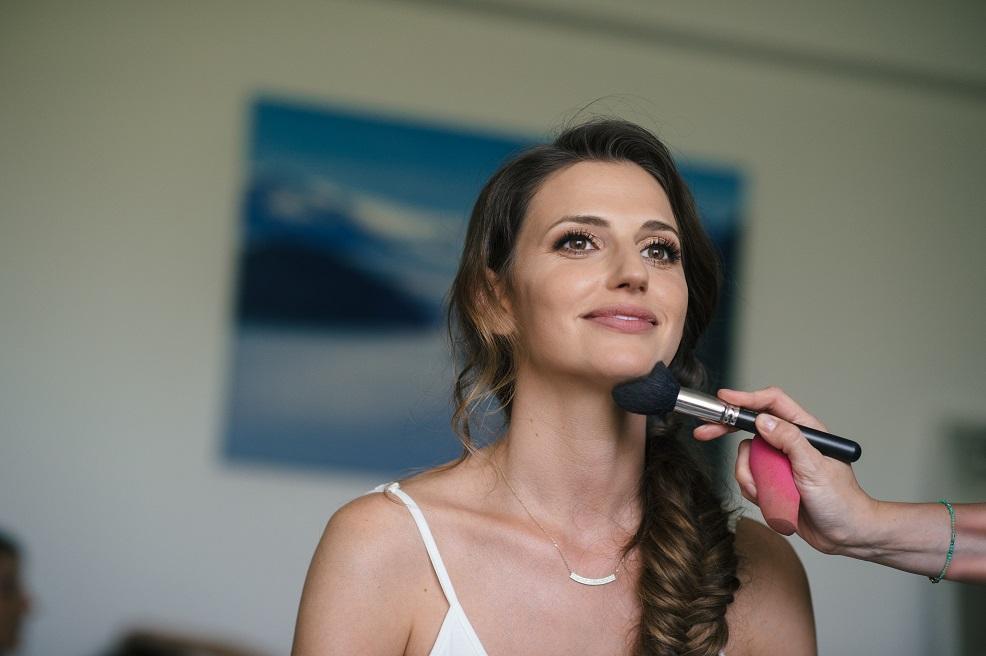 יעל איפור ושיער מורן סטויצקי